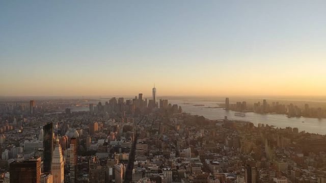 Sunset  #empirestatebuilding #empire #sun #set #